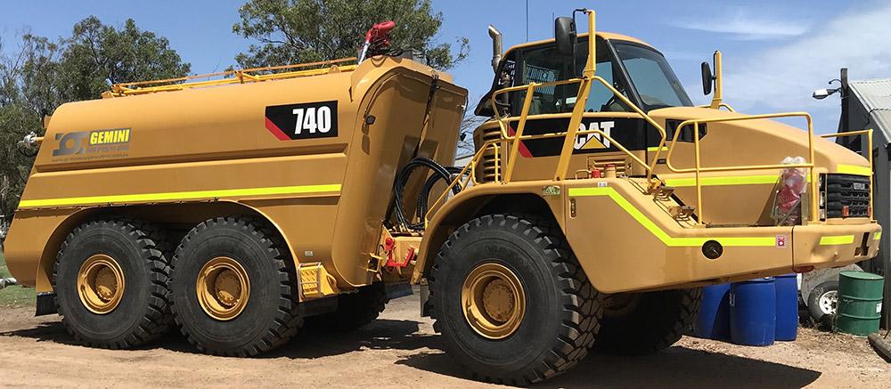 Cat740-Water-Cart-WT03_2-r